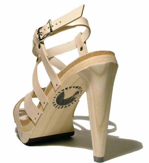 Phepa sandal, two views.