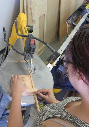 cutting wood with a scroll saw